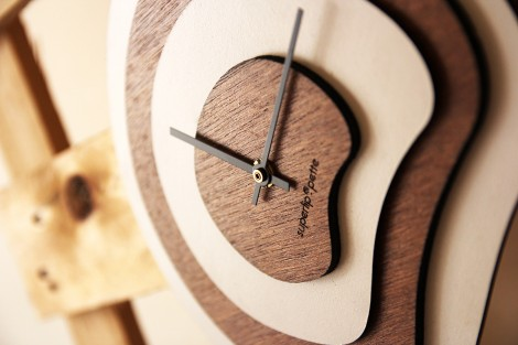 Horloge Palette vue de profil